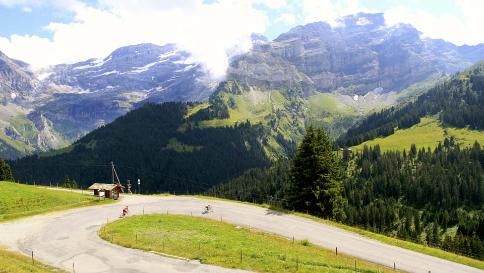 Col de la Croix | Descent | Cycling In Switzerland
