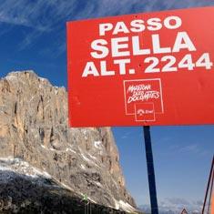 Passo Sella Maratona dles Dolomites