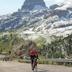 Passo Valparalo Maratona dles Dolomites